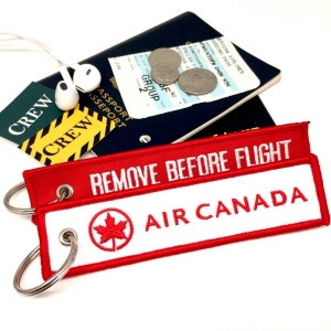 Air Canada REMOVE BEFORE FLIGHT attendant pilot luggage bag tag keychain