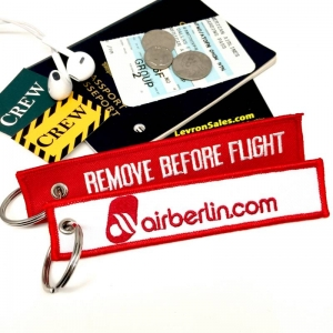 Air Berlin REMOVE BEFORE FLIGHT attendant pilot luggage bag tag keychain