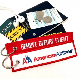 AA American Airlines REMOVE BEFORE FLIGHT attendant pilot luggage bag tag keychain