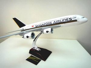 "Singapore Airline 23"" HUGH version AIRBUS A380"