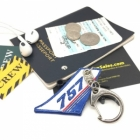 757 Vertical Stablizer wing cockpit cabin crew flight attendant luggage bag tag keychain