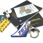 767 Vertical Stablizer wing cockpit cabin crew flight attendant luggage bag tag keychain