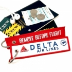 Delta Airlines REMOVE BEFORE FLIGHT attendant pilot luggage bag tag keychain